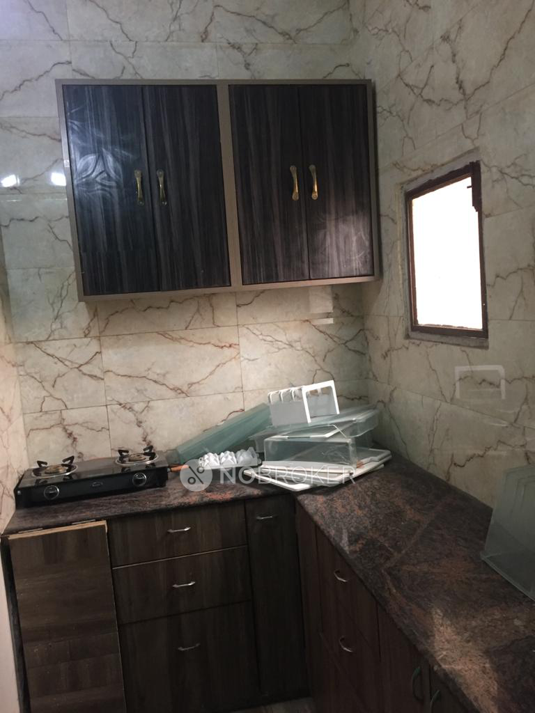 2BHK Flat for rent in Sector 43, Gurgaon