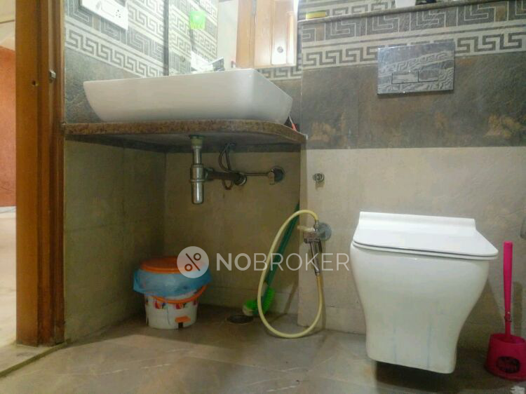 3BHK Flat for rent in Subhash Nagar, Sector 12, Gurgaon