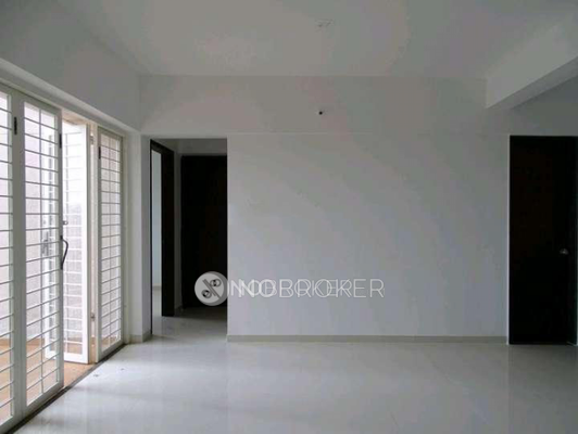 unfurnished property for lease in