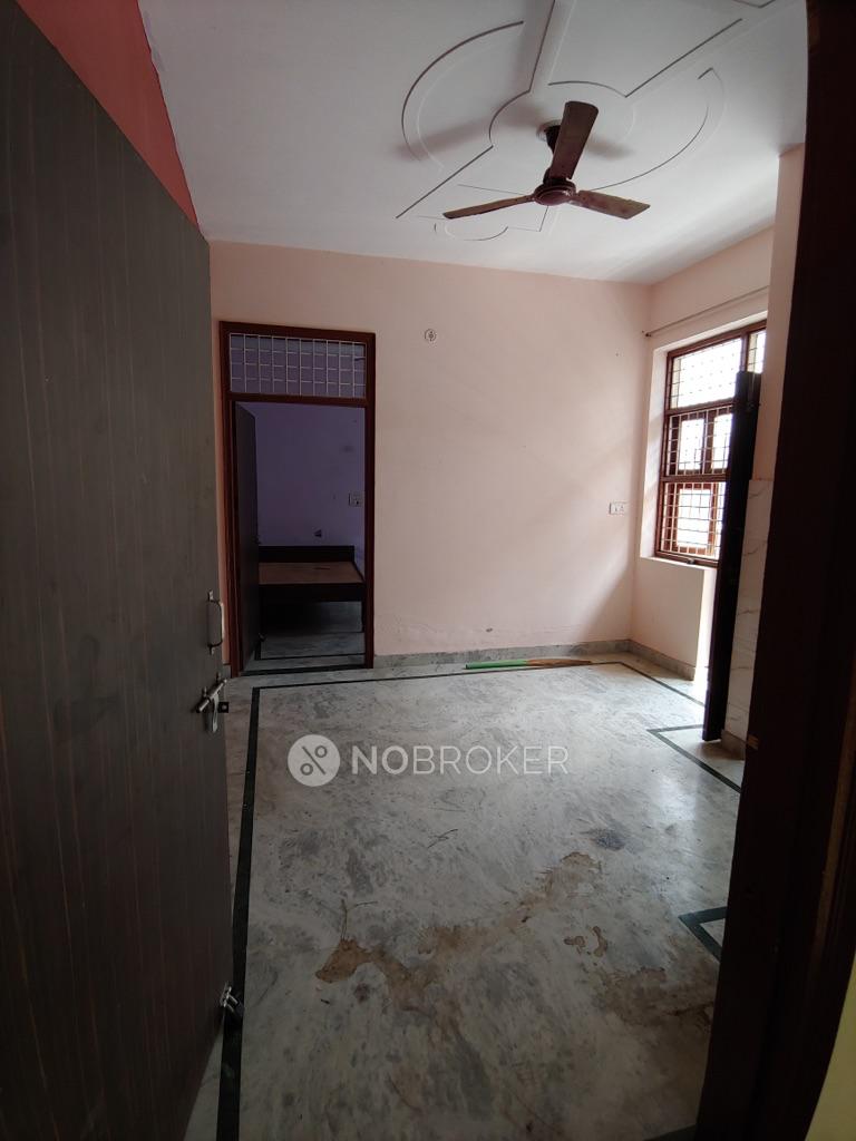 2BHK Flat for rent in Arjun Nagar, Sector 8, Gurgaon