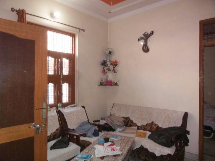 Room and Kitchen for rent in Sector 11, Gurgaon