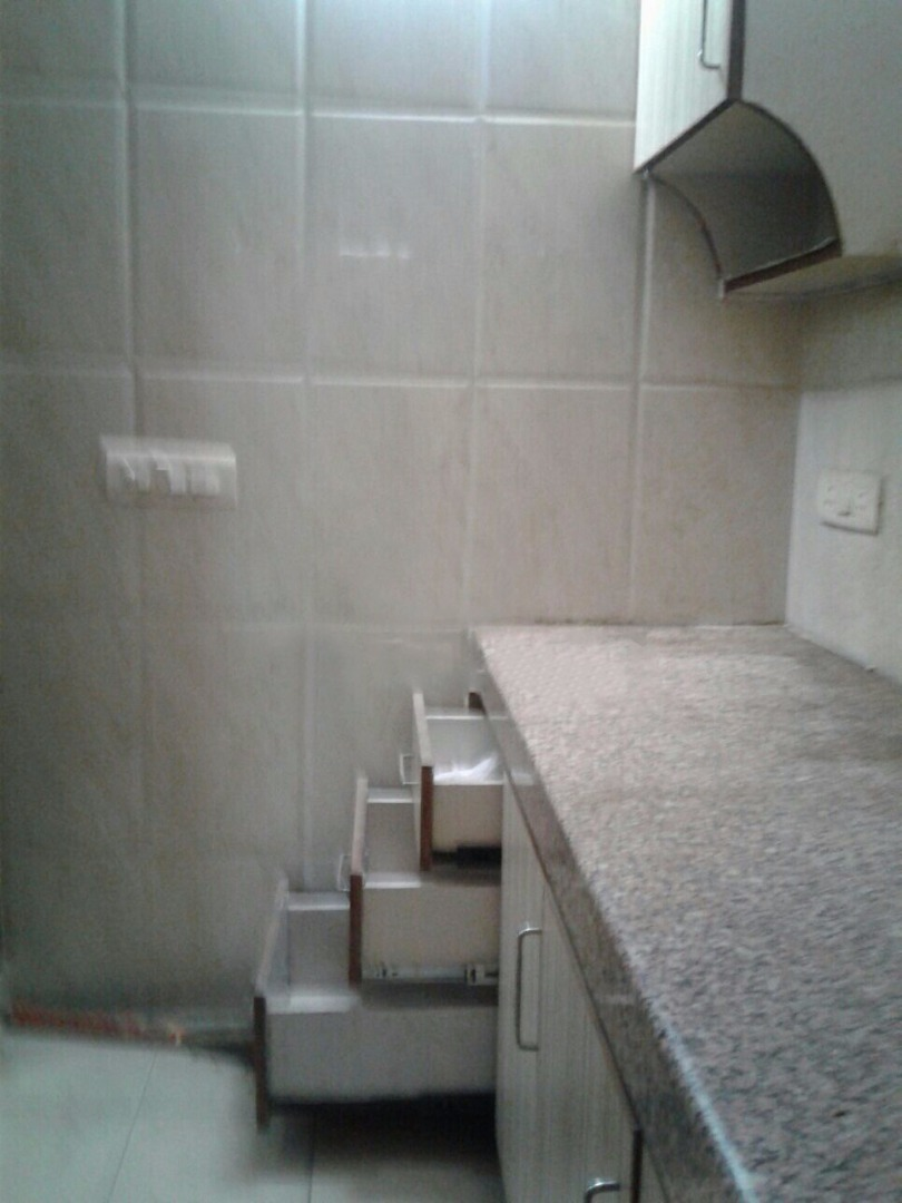 Room and Kitchen for rent in Sector 43, Gurgaon