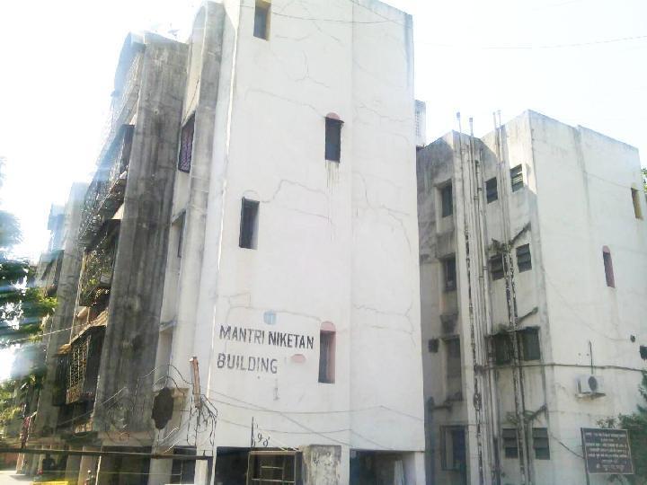 Mantri Niketan Society Dapodi Rent - WITHOUT BROKERAGE Unfurnished 1