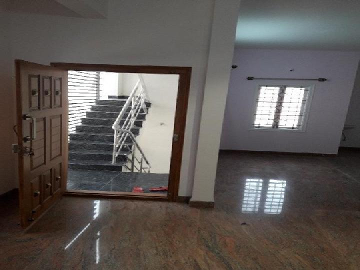 1 BHK Flats, Apartments On Rent in Vijayanagar East Post