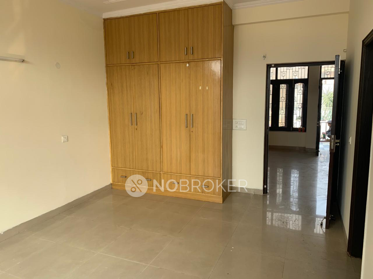 2BHK Flat for rent in Sector 40, Gurgaon